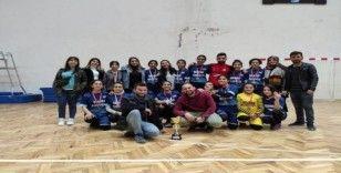 Ortaokul öğrencilerinin hentbola ilgisi başarı getirdi