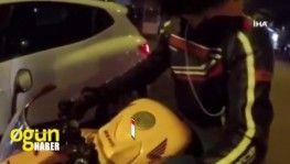 Öfkeli motosiklet sürücülerinin kavgaları kamerada