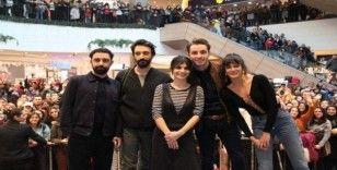"""""""Biz Böyleyiz"""" filmine İzmir'de özel gala"""