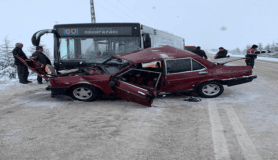 Eskişehir'de trafik kazası: 2 ölü