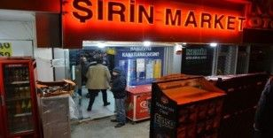 Bursa'da markette silahlı gasp