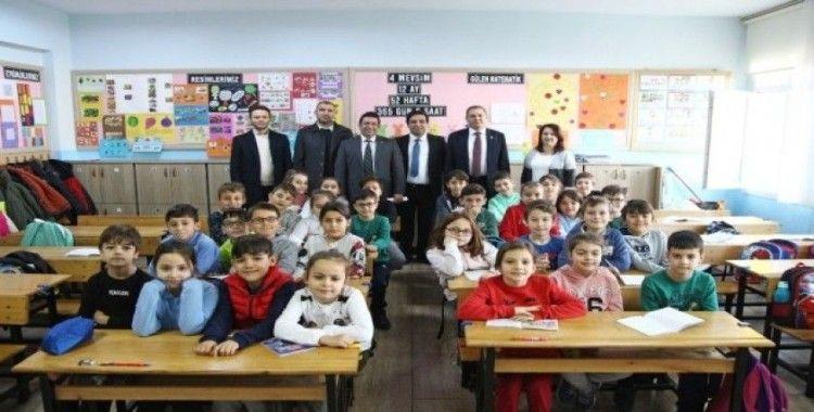Başkan Ergin'den ilçedeki okullara yakın takip