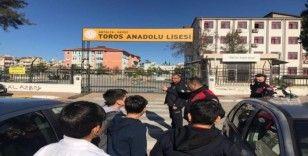 Polis okullar çevresinde kuş uçurtmuyor