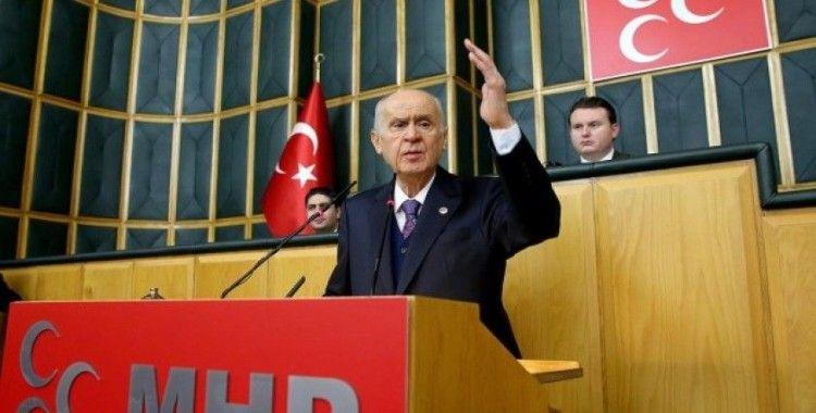MHP Genel Başkanı Bahçeli: CHP'ye diyorum ki, çadır tiyatronuzu ya Kandil'de kurun ya da Pensilvanya'ya açın