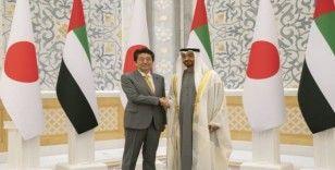 Japonya Başbakanı, Abu Dabi Veliaht Prensi ile görüştü