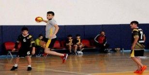 Okullar Arası Yıldızlar Hentbol İl Birinciliği Tamamlandı