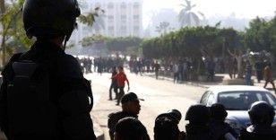 Mısır polisi AA Kahire ofisini basarak dört çalışanı gözaltına aldı