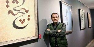 Hattat ve müzehhip Muhammet Mağ insanın hiçliğini tablolara yansıttı