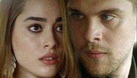 Simay Barlas ve İdris Nebi Taşkan'ın aşk pozu