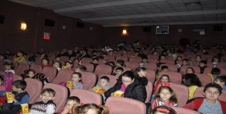 Safranbolu'da çocuklar sinemayla buluştu