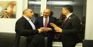 Bakan Pakdemirli, Berlin'de Türk işadamlarıyla bir araya geldi