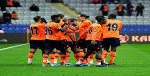 Süper Lig: Medipol Başakşehir: 4 - Yeni Malatyaspor: 0 (İlk yarı)