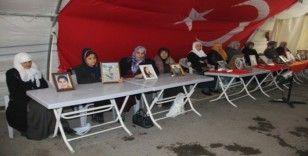 HDP önündeki ailelerin evlat nöbeti 139'uncu gününde