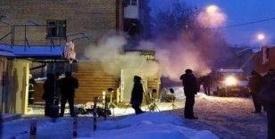 Rusya'da otelin yanından geçen sıcak su borusu patladı: 5 ölü