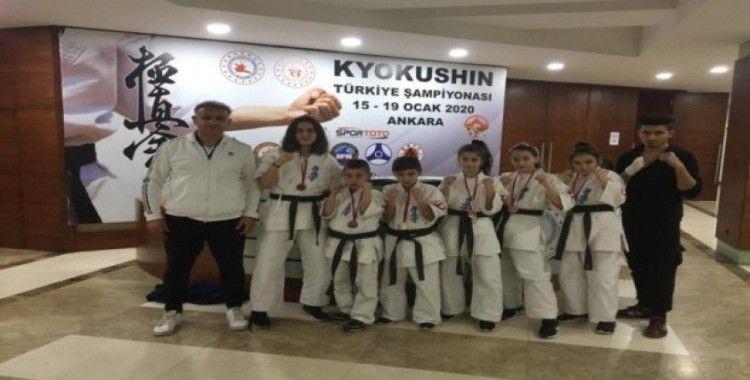 Zonguldaklı 5 sporcu milli formayı kaptı