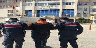 Mersin'de 8 ayrı suçtan aranan 1 kişi yakalandı