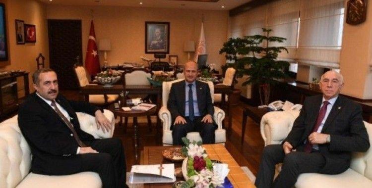 Van milletvekilleri Bakan Turhan'la görüştü