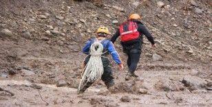 Derede kaybolan operatör için 79 personelle arama çalışmaları sürüyor