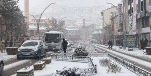 Bayburt'ta yoğun kar yağışı