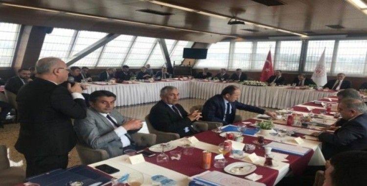 Başkan Kayda, Bakan Kasapoğlu'na Salihli dosyasını teslim etti