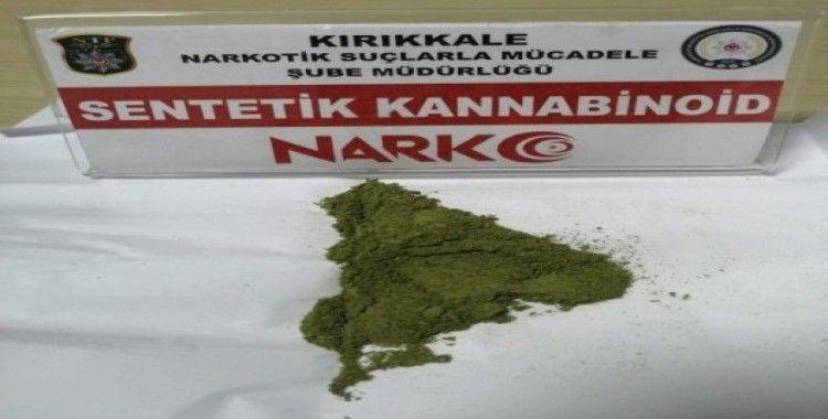 Kırıkkale'de uyuşturucu ticareti yapan 2 şüpheli tutuklandı