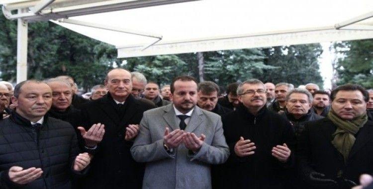 Bursa'nın sevilen işadamı Mümin Gençoğlu, vefatının 27. yılında dualarla anıldı