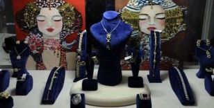 Sevgililer Günü'ne özel mücevher fuarı kapılarını açtı