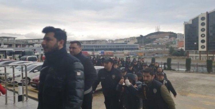 Vatandaşların banka hesaplarından 1 milyon TL vurgun yapan çeteye operasyon: 24 gözaltı