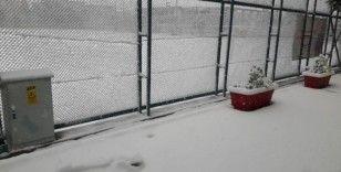 Isparta'daki amatör maçlara kar engeli
