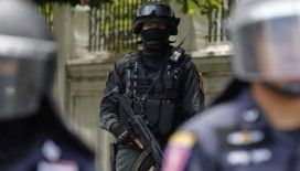 Tayland'da bir asker AVM'de katliam yaptı: 10 ölü