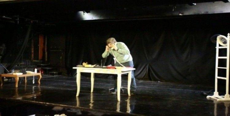Şehir Tiyatroları'ndan iki yeni komedi oyunu