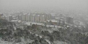 Aydos Ormanı'nda hayran bırakan kar manzarası havadan görüntülendi