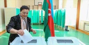Azerbaycan'da seçim yasakları başladı