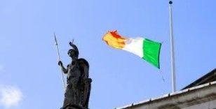 İrlanda'da erken genel seçimler başa baş tamamlandı