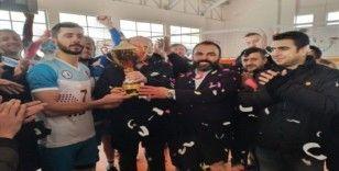 Adilcevaz GKY Türşat Spor Kulübü grubunu lider tamamladı