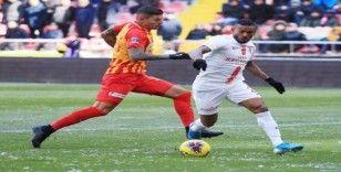 """Kayserispor'un stoperi Angelo: """"Pes etmeyeceğiz"""""""