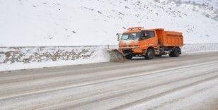 Sinop'ta il ve ilçelerinde 143 köy yolu kapandı