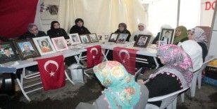 HDP önündeki ailelerin evlat nöbeti 163'üncü gününde