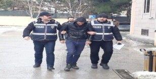 Cemevinden para çalan zanlı tutuklandı