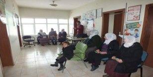 Malazgirt'te 'Madde Bağımlılığı ve Rahim Ağzı Kanseri' konulu seminer