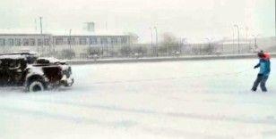 Kayak pistine dönen kent merkezinde kayak keyfi