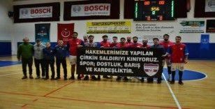 Sökespor basketbol takımından hakemlere destek