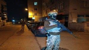 Silahlı suç örgütüne geniş çaplı operasyon düzenlendi
