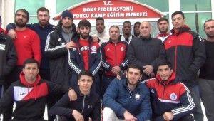 Boks Federasyonu'na ait kamp merkezinde Azerbaycanlı boksörler kamp yapıyor