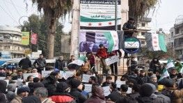 Azez halkından rejim karşıtı protesto