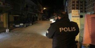 Adana'da iki grup arasında silahlı kavga: 1 yaralı