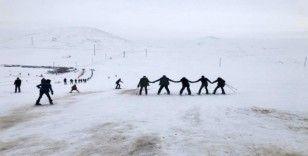 Çaldıran Termal Kayak Merkezi hizmete açıldı