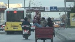 E5'te motosikletle tehlikeli yolculuk