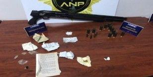 1.65 gram bonzai ile yakalanan 3 kişi tutuklandı