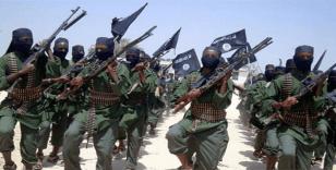 Somali'de Eş-Şebab askeri üsse saldırdı: 12 asker öldü